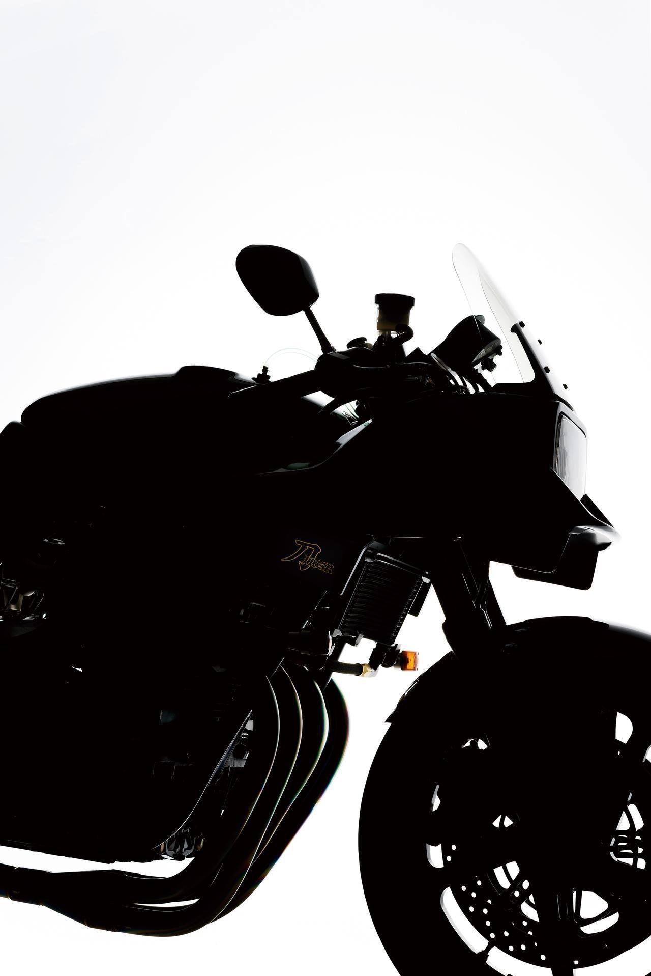 画像1: 【前編】地球上に5台だけ存在する最高峰のカタナ「ヨシムラ KATANA 1135R」-2001年-【日本のバイク遺産】〜ヨシムラとモリワキ〜