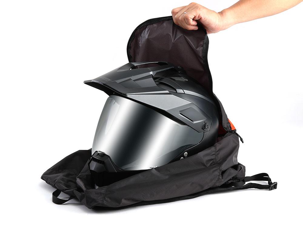 画像3: これぞライダーのためのエコバッグ! ヘルメットも収納できて畳めばシート下に納まるリュックをドッペルギャンガーが開発