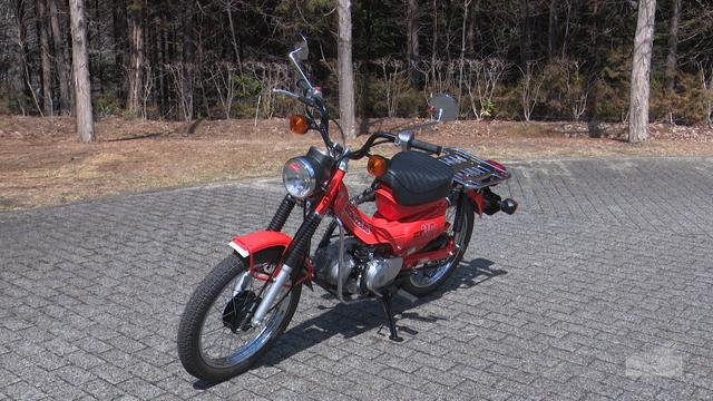 画像: Honda Collection Hall 収蔵車両走行ビデオ CT110(1981年) www.youtube.com