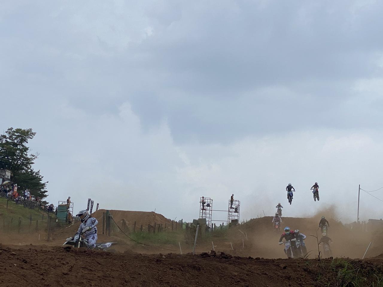 画像: ジャンプからのターン7です。