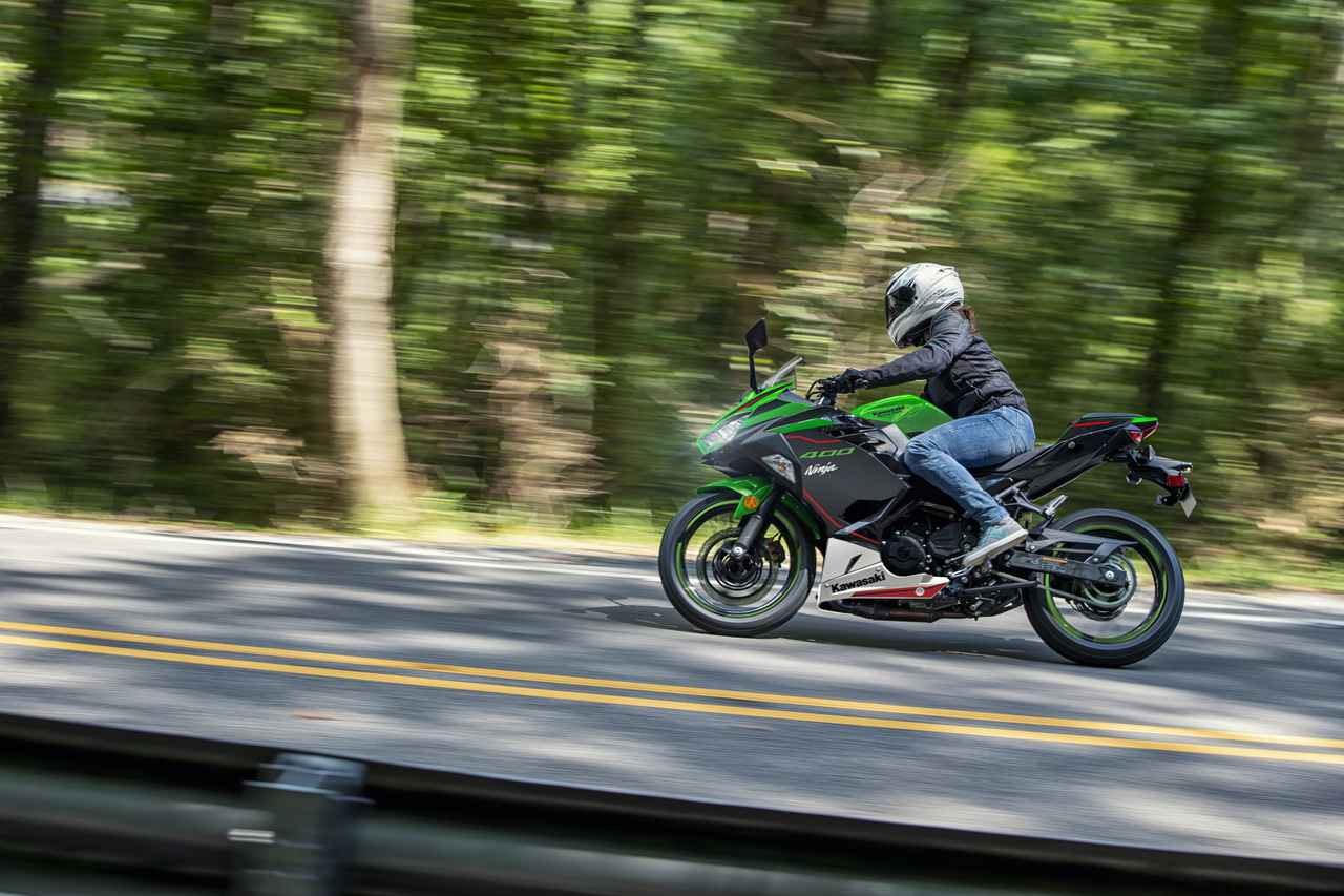 Images : 14番目の画像 - カワサキ「Ninja 400」シリーズ(2021年モデル)の写真をもっと見る! - webオートバイ