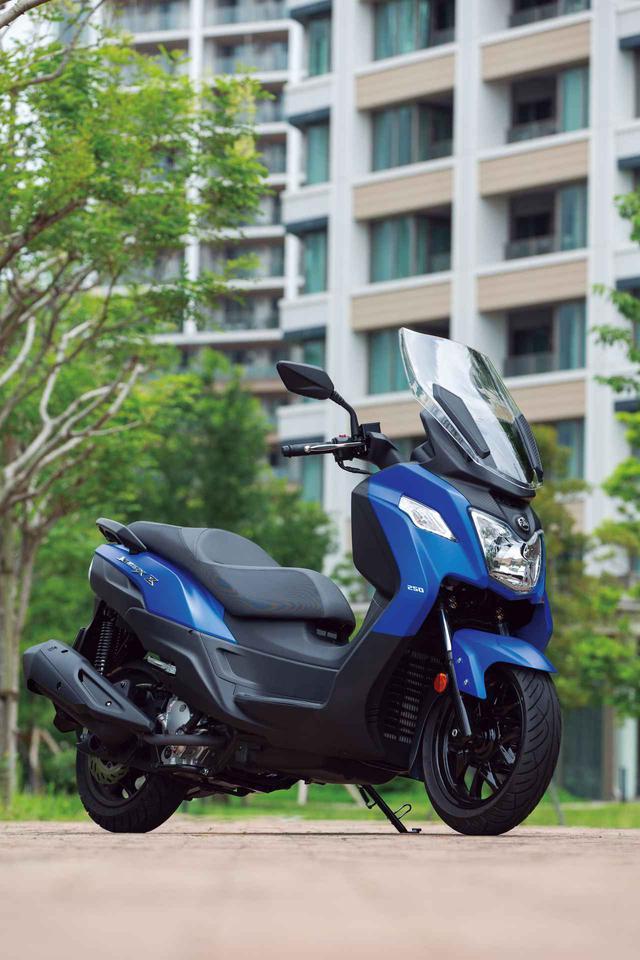 画像1: SYM「JOYMAX Z250」【試乗インプレ・車両解説】(2020年)税込50万円を切る250ccビッグスクーターが日本上陸!