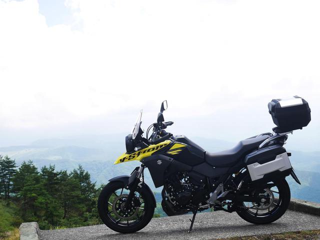 画像: 250ccバイクで最強の荷物積載力!スズキ『Vストローム250』でキャンプツーリングはできるのか?【SUZUKI V-Strom250/積載インプレ】 - webオートバイ