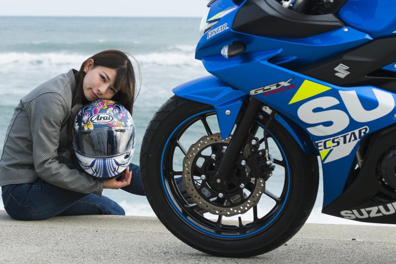 画像: 葉月美優×SUZUKI GSX250R【オートバイ女子部のフォトアルバム】 - webオートバイ