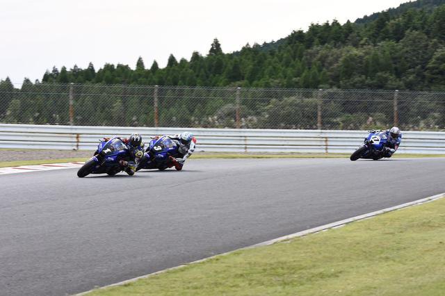 画像: レース終盤はこんなフォーメーション