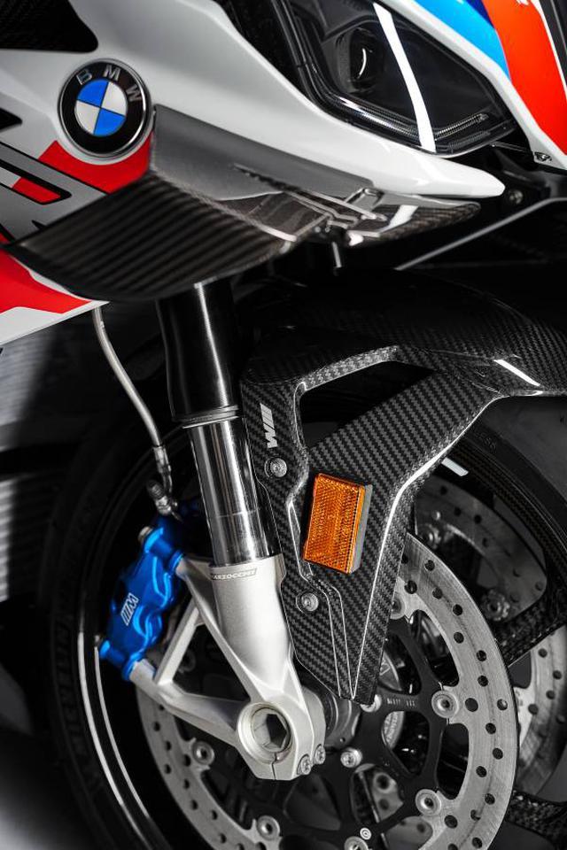 画像1: BMWがバイクで初となる〈M〉を冠したモデルを発表! 新たなスーパースポーツマシン「BMW M 1000 RR」