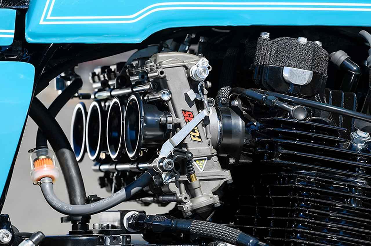 画像: キャブレターはFCRφ35mmのデュアルスタックファンネル仕様。ユーザーによる選択に加えて、排気量や仕様できちんとセットアップされる。