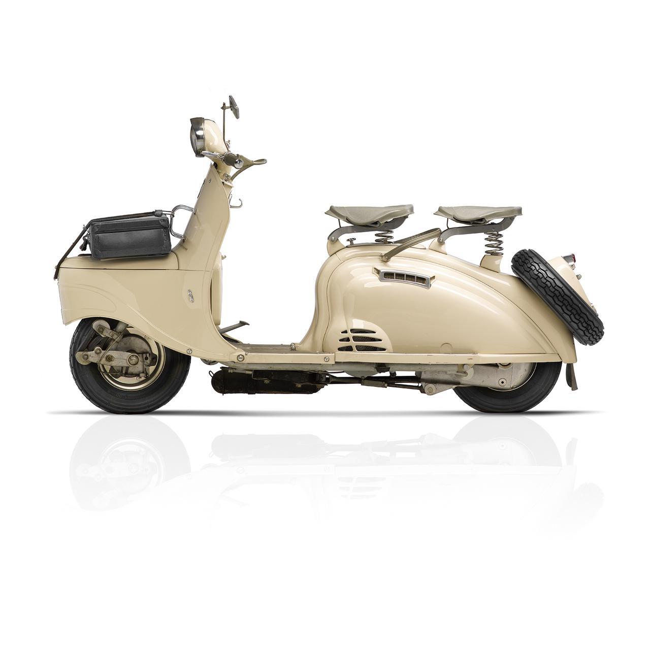 Images : 4番目の画像 - 「ジャンゴ 125 ABS 210周年リミテッドエディション」の写真を見る - LAWRENCE - Motorcycle x Cars + α = Your Life.