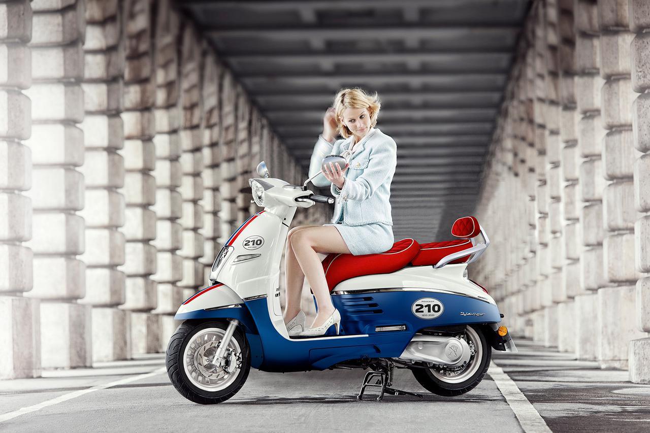 Images : 1番目の画像 - 「ジャンゴ 125 ABS 210周年リミテッドエディション」の写真を見る - LAWRENCE - Motorcycle x Cars + α = Your Life.