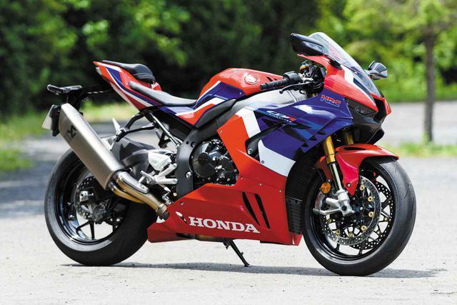 画像: Honda CBR1000RR-R FIREBLADE SP 総排気量:999cc エンジン形式:水冷4ストDOHC4バルブ並列4気筒 最高出力:218PS/14500rpm 最大トルク:11.5kgf・m/12500rpm 発売日:2020年3月20日 メーカー希望小売価格:278万3000円