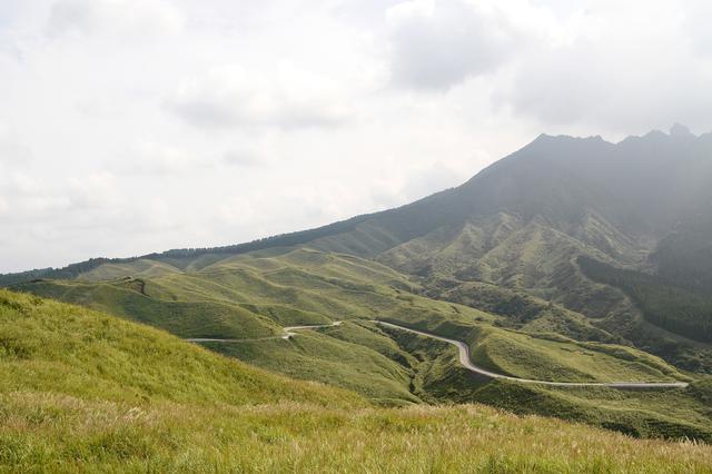 画像: 僕は大分から阿蘇は日本一のワインディング天国だと思ってます 写真は南阿蘇・箱石峠 日本一好きな場所