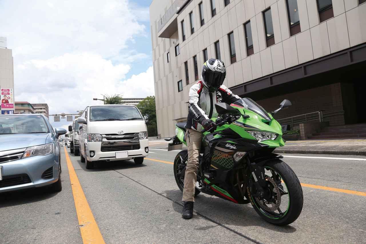 Images : 1番目の画像 - Kawasaki Ninja ZX-25R SE/ライダー:太田安治 - LAWRENCE - Motorcycle x Cars + α = Your Life.