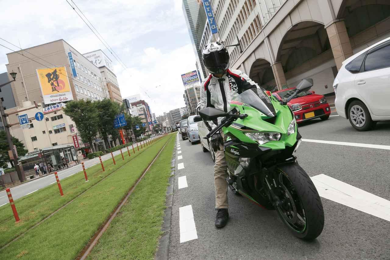 Images : 3番目の画像 - Kawasaki Ninja ZX-25R SE/ライダー:太田安治 - LAWRENCE - Motorcycle x Cars + α = Your Life.