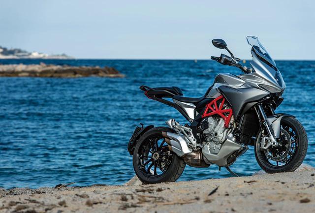 画像: イタリアの至宝が造り上げたジャストサイズ・ツアラー【MV AGUSTA TURISMO VELOCE800】(2015年) - webオートバイ