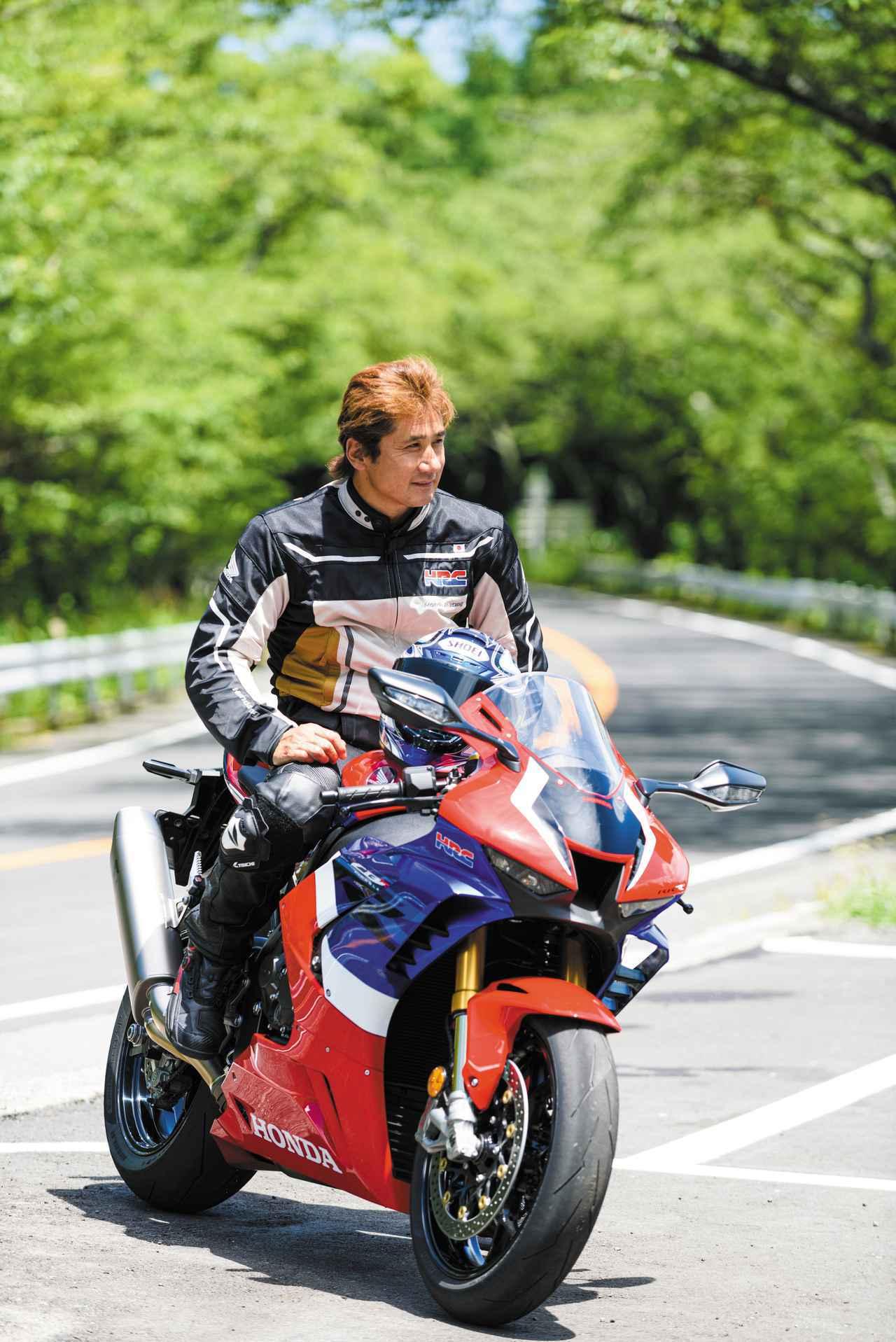 画像1: ホンダでもっとも高価なネイキッドバイク「CB1300SF SP」を伊藤真一さんがインプレ! 特別仕様車「SP」の魅力を徹底解説