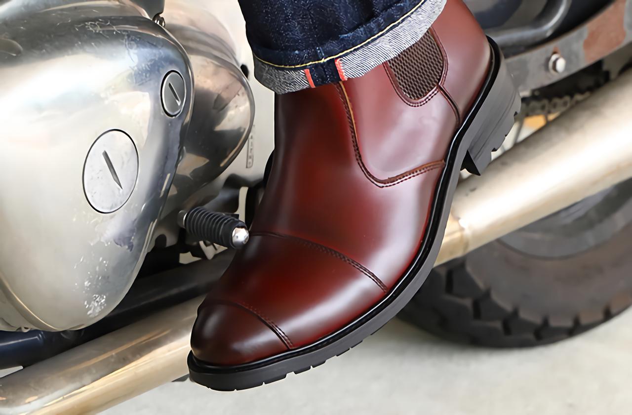 Images : 2番目の画像 - デグナー「HS-B13 サイドゴア レザーブーツ」の写真をもっと見る - LAWRENCE - Motorcycle x Cars + α = Your Life.