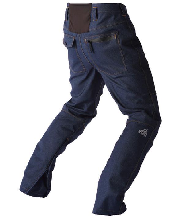 画像: 腰部分にはストレッチ性の高いニット素材を採用。