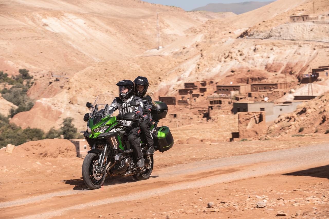 Images : 8番目の画像 - 写真をもっと見る! カワサキ「ヴェルシス1000SE」(2021年モデル・欧州仕様車) - LAWRENCE - Motorcycle x Cars + α = Your Life.