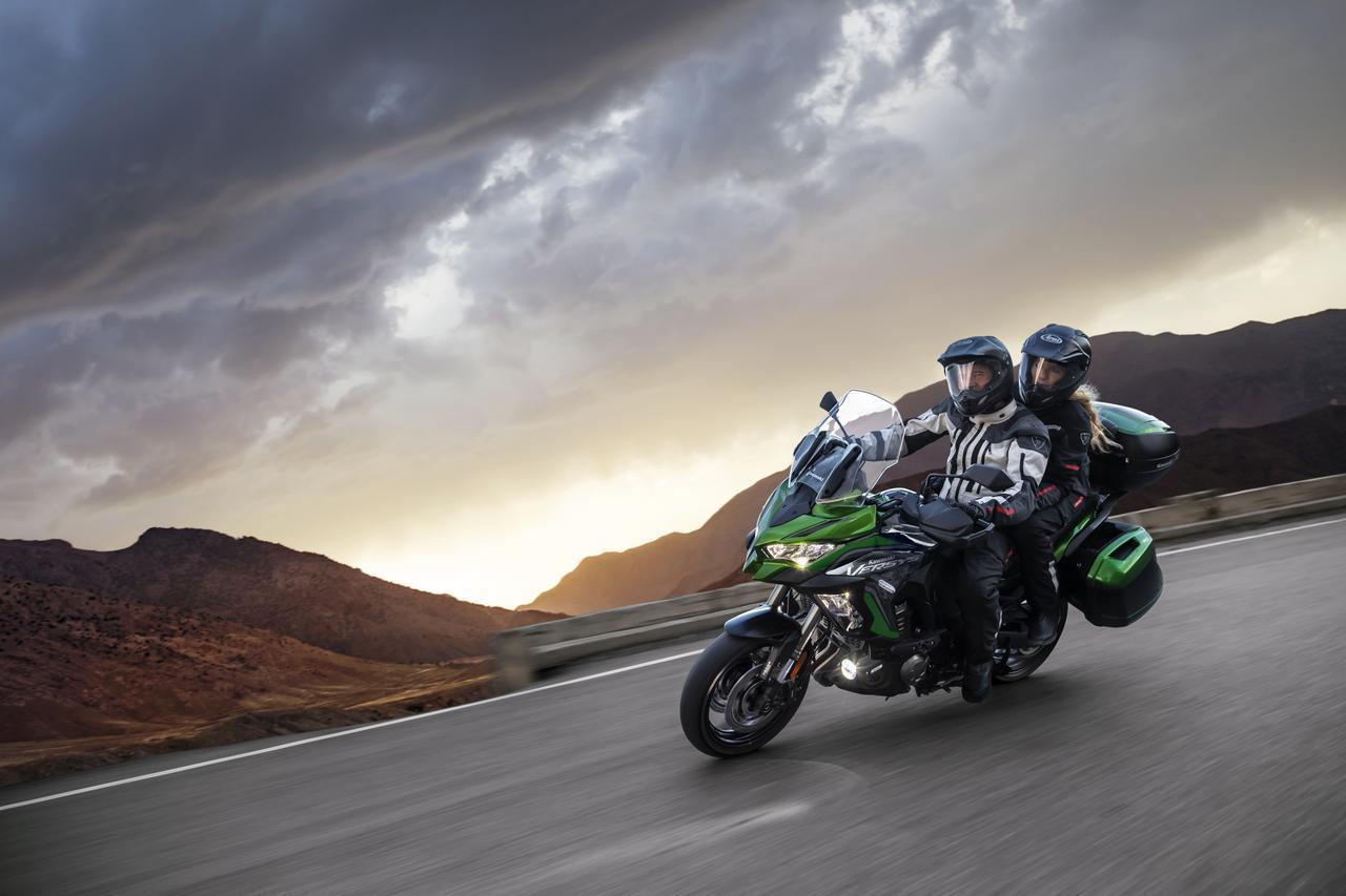 Images : 9番目の画像 - 写真をもっと見る! カワサキ「ヴェルシス1000SE」(2021年モデル・欧州仕様車) - webオートバイ