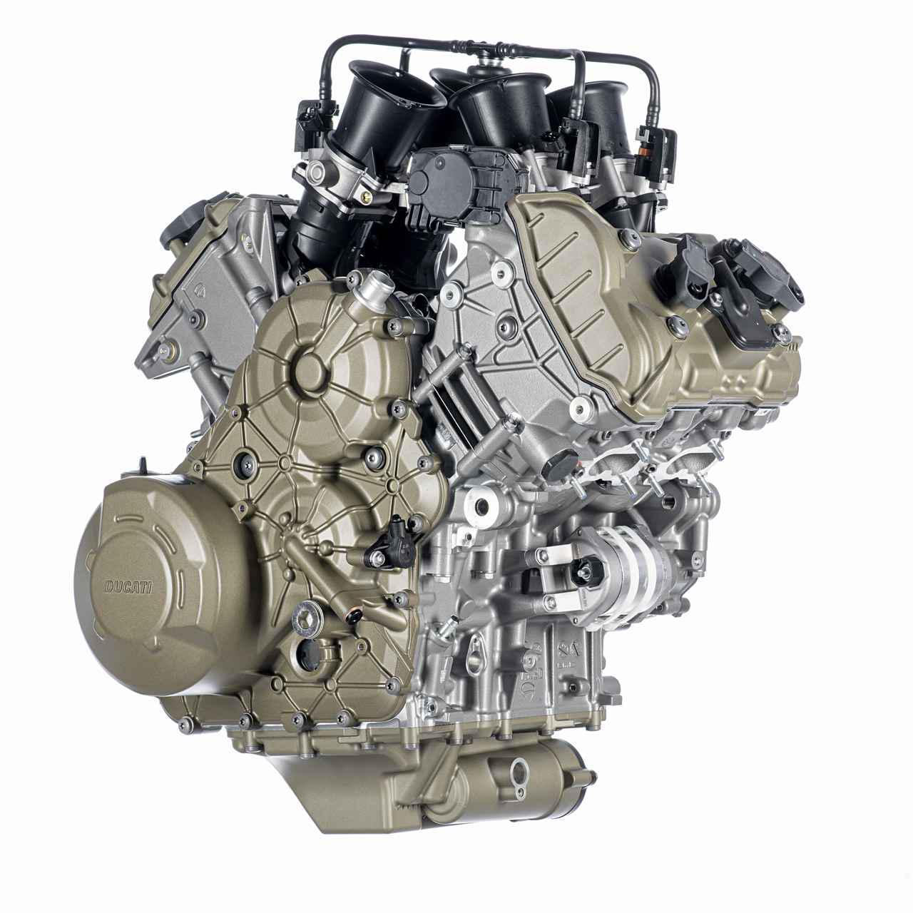 画像1: 【2021速報】ドゥカティが新型車「ムルティストラーダV4」をチラ見せ! 完全新設計のV型4気筒エンジンの詳細を発表