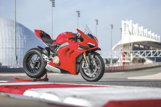 画像: ドゥカティ「パニガーレV4S」試乗インプレ - webオートバイ