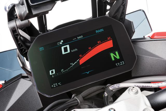 画像5: BMW「S 1000 XR」スーパースポーツとアドベンチャーの融合で生まれた唯一無二の乗り味【試乗インプレ・車両解説 2020】
