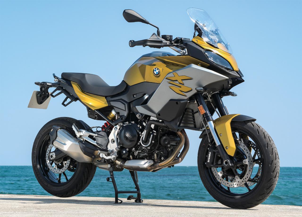 画像: BMW F 900 XR 総排気量:894cc エンジン形式:水冷4ストローク並列2気筒DOHC4バルブ メーカー希望小売価格:114万8000円~(税込)
