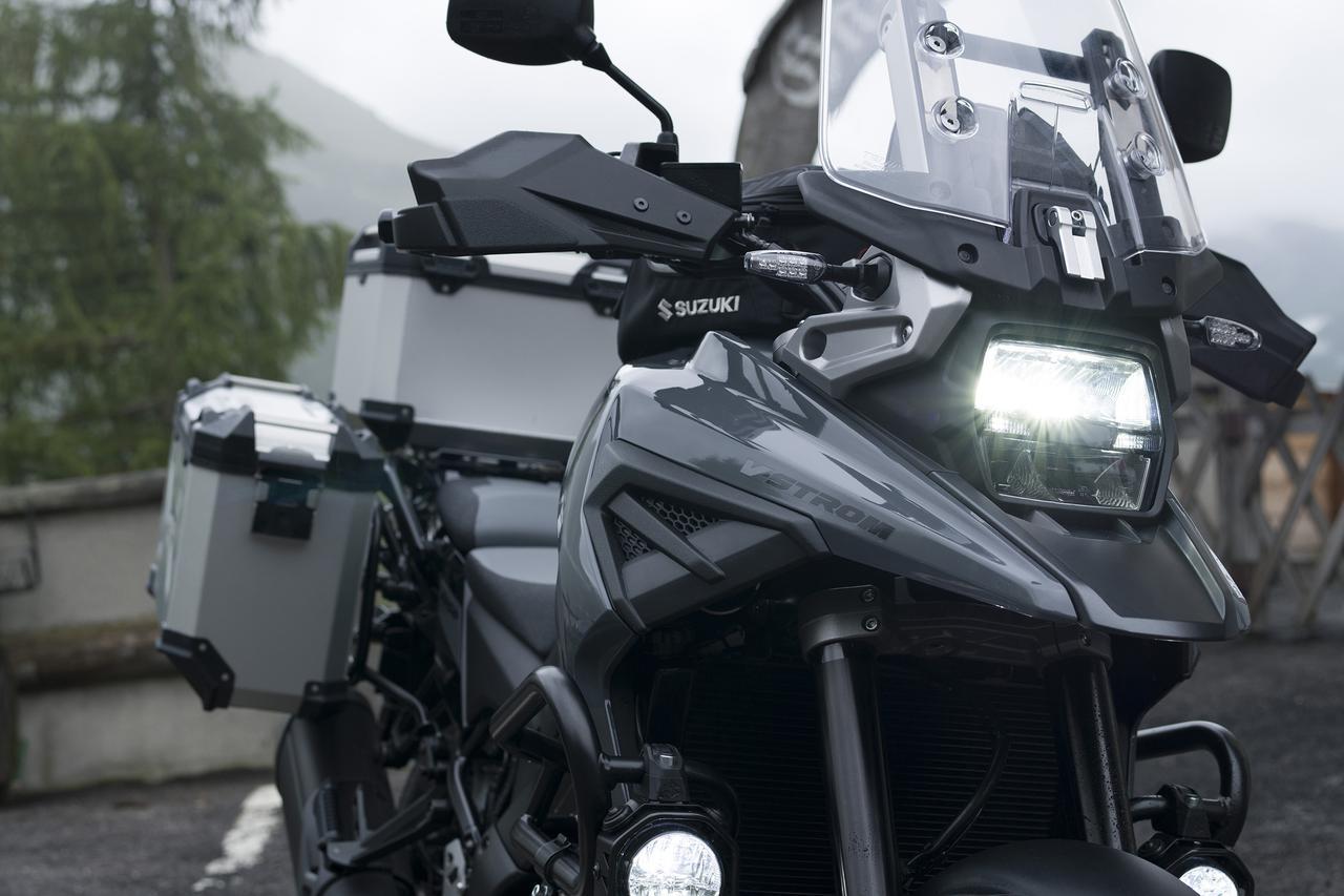 画像: スズキ「Vストローム1050/XT」を詳解! 進化したポイントを解説 - webオートバイ
