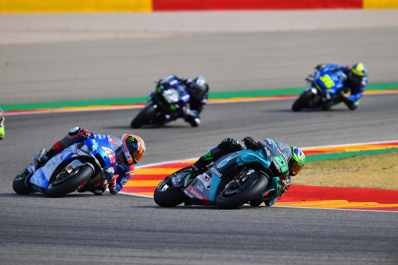 画像: レースは1周目からトップに立った21モルビデリがそのまま逃げ切って優勝