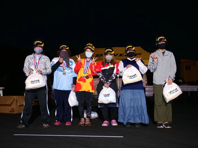 画像: 左から1位・鈴木登紀子選手(C1級)、2位・伊藤華子選手(C1級)、3位・吉竹智美選手(C2級)、4位・山田 翼選手(C1級)、5位・本間君枝選手(C1級)、6位・小笠原晶子(C1級)