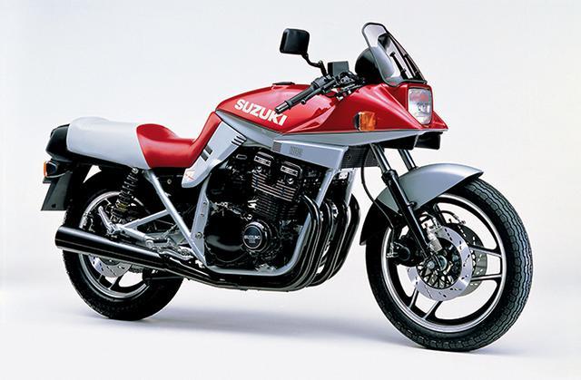 画像: 新しいグラフィックを採用した赤×シルバーのツートーンカラーを採用してイメージチェンジ。メカニズムは1983年モデルと同じものだ。