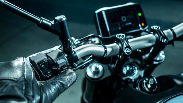 画像7: 【2021速報】ヤマハが新型「MT-09」を発表! 排気量アップ、軽量化、6軸IMUの採用、スタイリングも一新したフルモデルチェンジ!