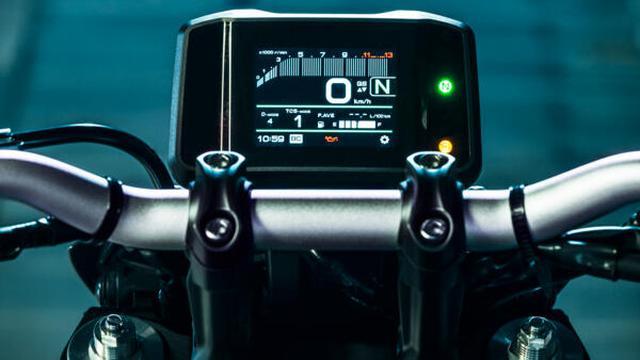画像8: 【2021速報】ヤマハが新型「MT-09」を発表! 排気量アップ、軽量化、6軸IMUの採用、スタイリングも一新したフルモデルチェンジ!