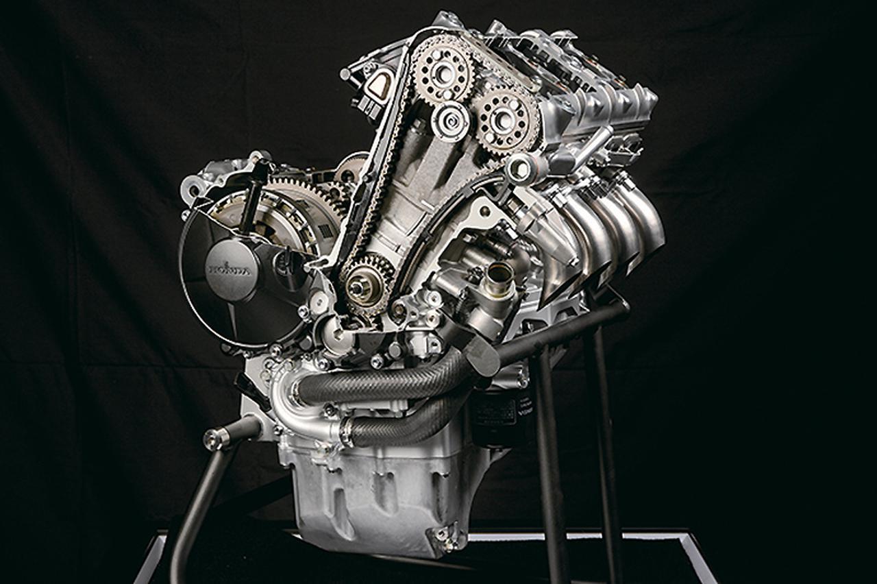 Images : 4番目の画像 - ホンダ「CBR1000RR-R FIREBLADE」 - webオートバイ