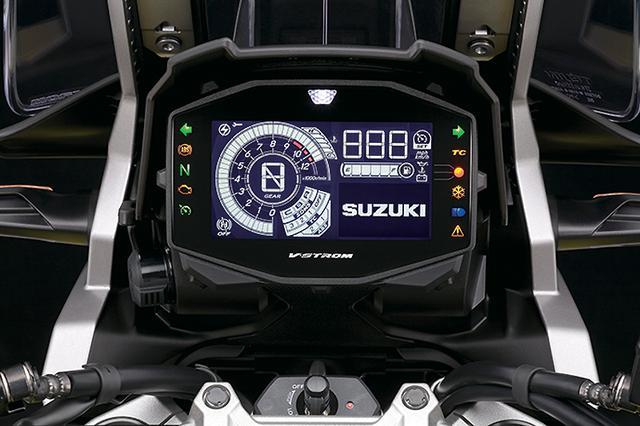 画像: XTはスズキインテリジェントライドシステムの各種電子制御をフル装備。反転表示の液晶メーターに作動を表示。