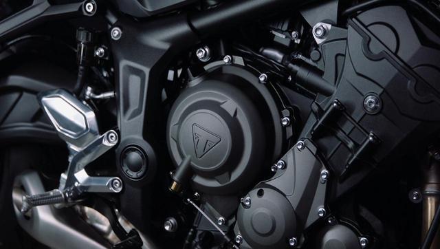 画像1: エンジン