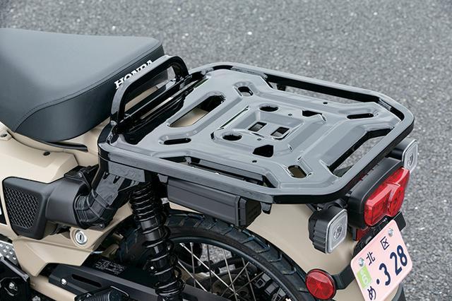 画像2: WAVE125系のエンジンはスーパーカブC125とは異なり、独自の吸排気系による低・中速域の力強さが特徴。排気音も太いものだ。