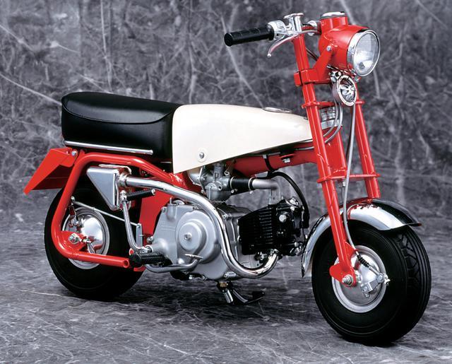 画像: モンキーの原点となった1台。エンジンは初代カブC100用ベース。当時ホンダの運営していた遊園地 「多摩テック」で遊具として親しまれた。