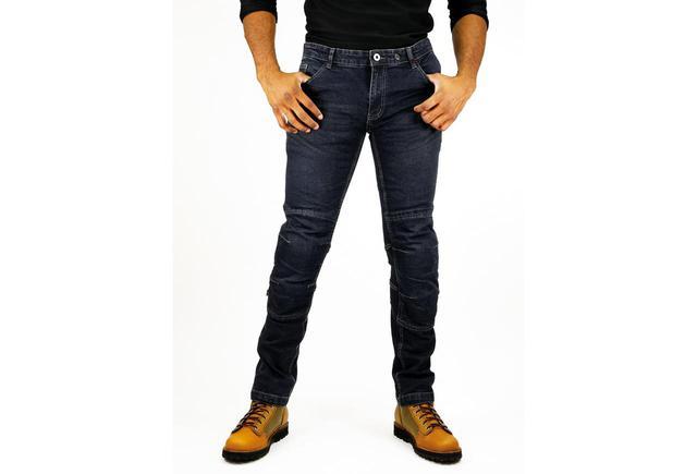 画像: どうせ買うならプロテクターを装備した安心できるジーンズじゃない? コスパ良好なKOMINEの「KV Jeans」 - webオートバイ