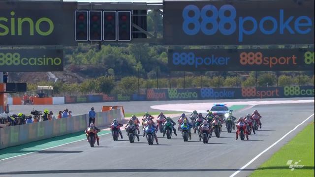 画像: 決勝レースはドライコンディション スタートは予選フロントローの3人が好発進