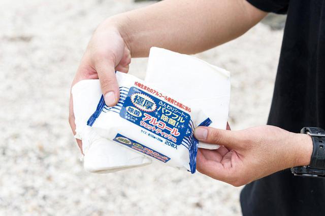 画像: トイレットペーパー、キッチンペーパー、ウェットティッシュをキャンプ時は必携しています。とくにトイレットペーパーはマスト。キャンプ場のトイレに紙がないこともありますからね。