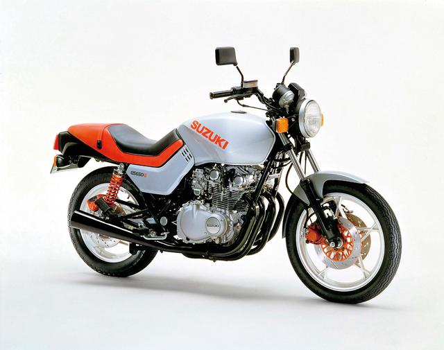 画像: カタナより前にターゲットデザインが手掛けたのがGS650G。2ドーム形燃焼室を採用して65馬力に到達。駆動方式はシャフトドライブで、日本では1981年4月に52万円で市販された。