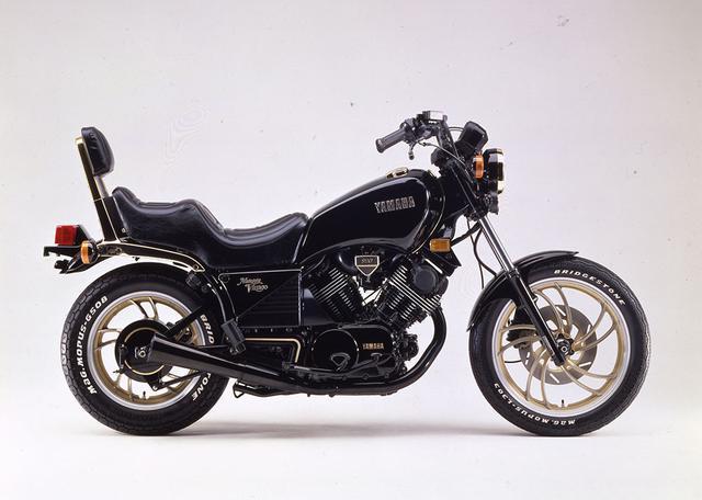 画像5: 特集はホンダ400cc4気筒!『ミスターバイクBG』2020年12月号は11月13日発売