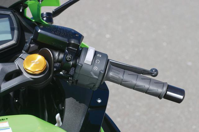 画像: インジェクターとスロットルバルブをECUでコントロール、常に最適な混合気をエンジンに供給する電子制御スロットルを採用。