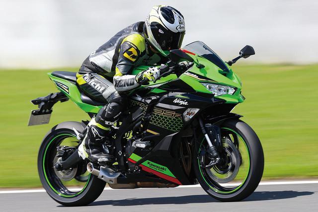 画像2: 「CBR250RR」と「Ninja ZX-25R」はどっちが速い? 最高速と峠での乗りやすさを比較!【2気筒 VS 4気筒 250ccスーパースポーツ対決】