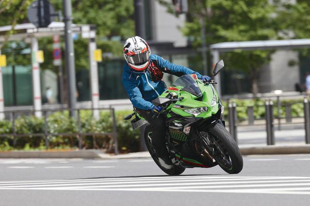 画像2: 【比較】ホンダ「CBR250RR」・カワサキ「Ninja ZX-25R」街乗り