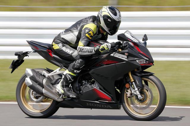 画像1: 「CBR250RR」と「Ninja ZX-25R」はどっちが速い? 最高速と峠での乗りやすさを比較!【2気筒 VS 4気筒 250ccスーパースポーツ対決】