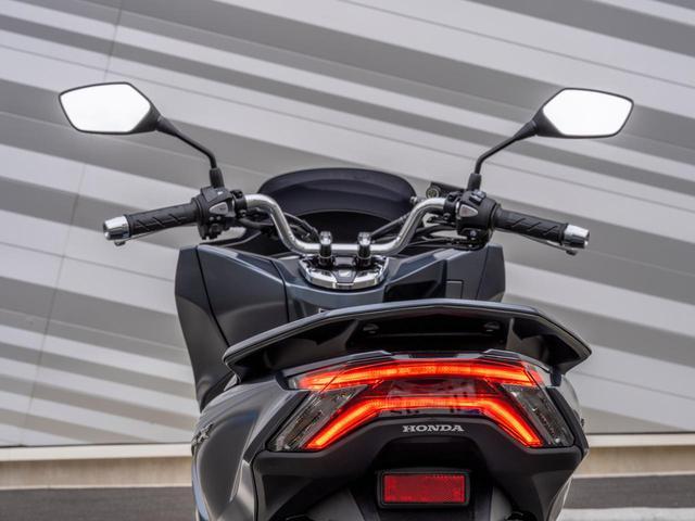 画像8: ホンダの原付二種「PCX」がフルモデルチェンジ! 日本でも2021年モデルとして発売予定【2021速報】