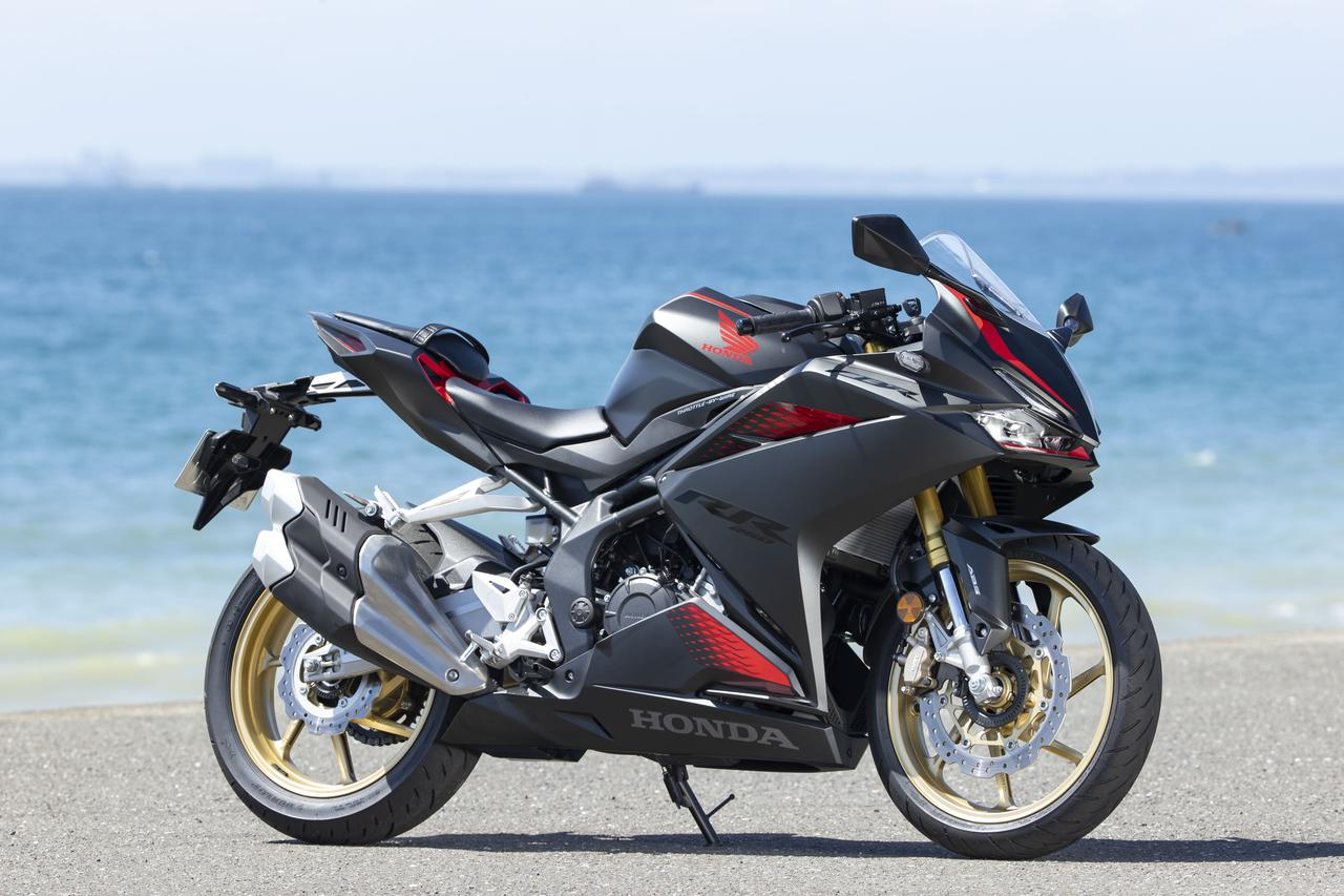 Images : 2番目の画像 - ホンダ「CBR250RR」・カワサキ「Ninja ZX-25R」 - LAWRENCE - Motorcycle x Cars + α = Your Life.
