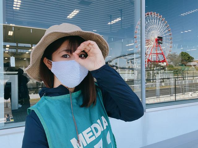 画像: このガラスの奥がメディアセンターです。